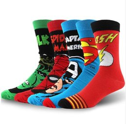 Calzini freschi uomini online-USA Fashion Cartoon Anime Superhero Socks Men Long Happy Art Funky Calzini Crazy Cool Flash Superman Captain Avengers Socks Marvel