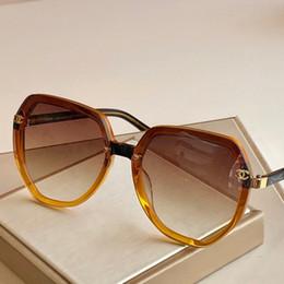 2020 nombres de gafas de sol vidrios de las mujeres nuevo tamaño gafas de sol nombre de 54 * 21 * # 120421 145WSJ012 rebajas nombres de gafas de sol