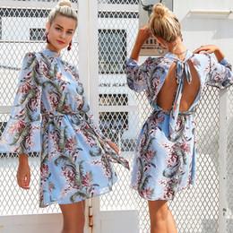 2019 vestito europeo femminile 2019 US stile europeo femminile primavera estate vestito stampa floreale maniche a tromba donna abiti abiti donna sezione sottile taglia S-XL vestito europeo femminile economici