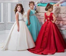 2019 menina flor vestidos de cor azul Bela cor da imagem e Cor do Marfim Flor Meninas Vestidos Frisado Lace Appliqued Arcos Pageant Vestidos para Crianças Festa de Casamento menina flor vestidos de cor azul barato