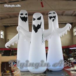 Canada Grand spectre blanc d'éclairage adapté aux besoins du client de hauteur fantôme gonflable d'horreur 4m / 5m pour la décoration extérieure et d'intérieur de Halloween supplier large inflatable decorations Offre
