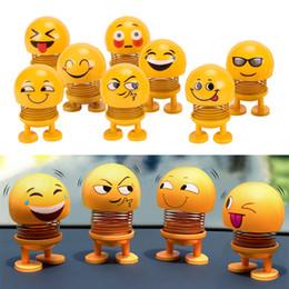 Sallayarak Kafa Oyuncaklar Araba Süsler Bobblehead Nod Bebekler Sevimli Karikatür Komik Emoji Wobble Kafası Robot Güzel Araba Dashboard Dekor Oto supplier robots dolls nereden robot bebekleri tedarikçiler