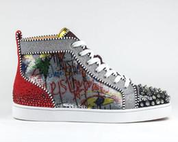 2019 scarpe rare [Scatola originale] 2018 Nuova alta qualità Red Bottom Sneakers Uomo Scarpe Luxury Print Silver Pik Pik No Limit RARE borchie e strass graffiti scarpe rare economici