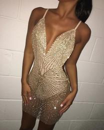 sexy girl wear mini skirt Desconto Novas meninas sexy vestidos de festa vestido de cocktail de ouro decote em v pescoço volta desgaste do clube saia bainha llf1999