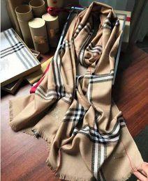 Bufandas negras corazones online-Negro 100% cachemira de la bufanda del invierno para las mujeres y los hombres de la cachemira de la bufanda de entrada Fecha y corazón Infinity bufandas