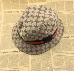 boné de ouro de alunos Desconto Designer de moda Couro Carta Bucket Hat Para Homens Dobráveis Das Mulheres Tampas Preto Pescador Praia Sun Visor Sale Folding Homem Bowler Cap