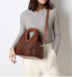 2019 bolsas de moda por atacado europa 2019 nova moda europa e américa padrão de crocodilo bolsa de grande capacidade bolsa de ombro bolsa ocasional por atacado bolsas de moda por atacado europa barato