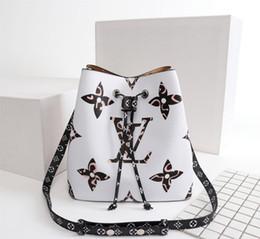 Yeni Fransız high-end marka bayanlar omuz çantası moda deri çanta deri parti seyahat kadın leopar dikiş çanta ücretsiz kargo nereden cadılar bayramı için korkunç palyaçolar tedarikçiler
