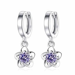 Boucles d'oreilles de créateurs Fleur de prune Boucles d'oreilles de pivoine Bijoux de luxe ? partir de fabricateur