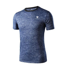 chemise casual légère pour hommes Promotion Casual hommes t-shirt Sport Gym Chemises Top Tees Night light chemise de course hommes Crossfit Fitness Dry fit camiseta running hombre