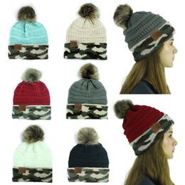 Cappello del bordo online-tappi pesante sfera di capelli di nuovo arrivo signora Women Knitted cappuccio CC Skullies tappo orlo cappello camuffamento Autunno Inverno cappello caldo