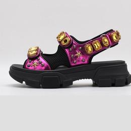 Malha sandálias mulheres on-line-2019 nova moda de luxo sapatos de luxo designer de sandálias de cristal mulher de cristal de malha sandálias mulher designer de cristal de malha sandálias tamanho 35-40 x1