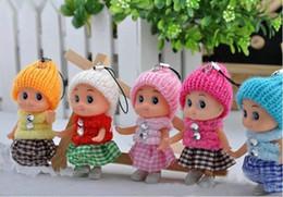 Brinquedos baratos da menina on-line-Atacado-Cheap Sales 2014 (20 pçs / lote enviar aleatória) 8 cm Brinquedos Do Bebê Para Meninas Bebê boneca de Pelúcia Brinquedo Sacos de Telefone Celular Pingente