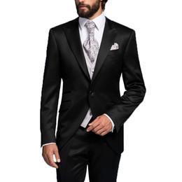 Tuxedo dello sposo italiano online-Abito da uomo nero con bottoni italiano da uomo Best Groomsmen Suit Groom Tuxedo Jacket + Pants + Vest Formal Business