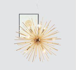 Подвесной светильник с современной сферой онлайн-Постмодернистский Золотой кулон Свет Гостиный Ресторан Исследование привело радиационную сферу искусства Личности дизайна подвесной светильник