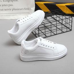 white wedge sneakers Sconti 2019 Primavera Nuove donne del progettista  zeppe scarpe bianche Piattaforma femminile Sneakers 29cad43e231