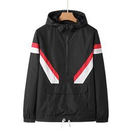 Weiße halbmäntel online-Designer Herren Windbreaker Half Zipper Jacke Sport Letter Print Schwarz Weiß Street Style Oberbekleidung Casual Mäntel CE98144