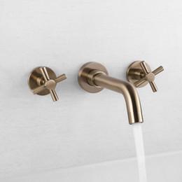 rubinetto d'oro montato a parete Sconti Rubinetti del bagno placcato oro opaco in rubinetto a parete rubinetto dispositivo caldo e freddo rubinetto doppio rubinetto del bagno rubinetto del lavabo rubinetto G2068