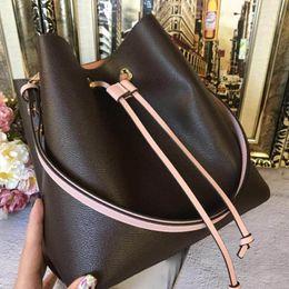 Bolso nuevo online-bolsos de diseño Marca 2019 NUEVO fashin NONOE bolso de cubo bolso de mano original de cuero bolso de mano bolsos de hombro monederos