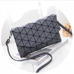 Maletín de lentejuelas online-Bolso de mano con lentejuelas geométricas para mujer, bolso de computadora portátil con maletín de láser