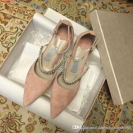 e97ec3a9f0845f Весной и летом бриллиантовой цепочкой заостренные полые высокие каблуки  удобные элегантные кожаные туфли для вечеринки Diamond на высоких каблуках  дешево ...