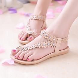 6afbfb26672bf 2019 New Women Sandals Summer Beach Flip Flops Bling Bowtie Fashion Peep  Toe Shoes Woman Flat Sandals Bohemian Ladies