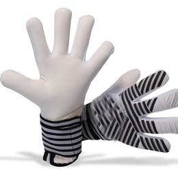 Tecidos de látex on-line-2019 novo modelo de qualidade superior adultos frete grátis tecido De Látex Luvas de Goleiro de futebol Profissional de futebol sem fingersave