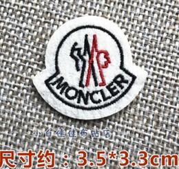 Emblemas de ferro bordado on-line-Moda Inglês Palavras Escritas Manchas para Pano de Ferro Quente em Costura Bordada DIY Applique Adesivos Emblemas 21