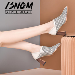 2020 saltos de peixe ISNOM Fish Net Bombas de cristal Apontado Toe Mulheres High Heesl Madeira Heels Shoes couro de vaca Mulheres Bombas saltos de peixe barato