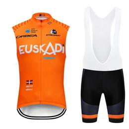 Оранжевые велосипеды онлайн-2019 Euskadi Новый Quick Dry Велоспорт Джерси Набор Orange Road Велосипед Одежда Мужская Дышащий Горный Велосипед Одежда Велоспорт Спортивный Костюм Y022104