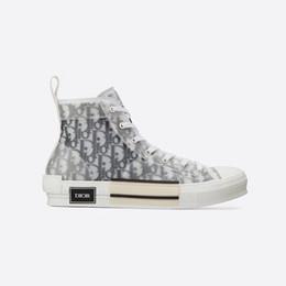 Tops pretos lisos on-line-Dior Homme Preto Oblique X KAWS por Kim Jones Homens Mulheres Estilistas de Moda Casual Shoes High Top Basketball Sneakers Skate Sapatos Botas