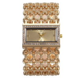Relógio de pulso de casamento on-line-Mulher de luxo Relógios de Quartzo Hora Mão Pulseira Pulseira Relógios de Pulso Liga Relógios com Cristal Acessórios Do Casamento Presentes