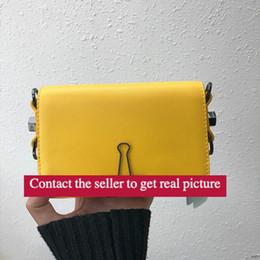 """Somente clipe on-line-MINI BOLSA Escultura Novo turno MINI saco Amarelo cinta Clip """"para exibição apenas"""" Sacos de ombro Listras preto e branco Pacote de tendência"""
