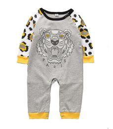 Bebé niña mono verano online-Primavera verano bebés niños niñas mamelucos diseñador niños de algodón de manga larga monos niñas niño ropa