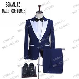 2019 Blue Prom Men Trajes de Boda Blanco Peaked Solapa Esmoquin Novio Groomsman El mejor hombre Terno masculino Slim Fit trajes para hombre con pantalones desde fabricantes