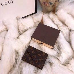 2019 estilos del libro caso de ipad Cartera de alta calidad para hombre, para mujer, tarjetero de lujo, bolsos, tarjeteros de cuero, monederos negros, carteras pequeñas, monedero de diseño