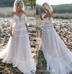 2020 Lace praia vestidos de casamento Sexy Off the Shoulder Tulle cintas de espaguete Tulle A Linha de Trem da varredura vestido de casamento Vestido de novia de