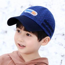 2019 filles coréennes casquettes de baseball enfants chapeaux de concepteur lettre enfants chapeaux garçons chapeau de baseball filles coréennes a culminé casquettes enfants casquettes chapeau de soleil enfants accessoires de créateurs A6220 filles coréennes casquettes de baseball pas cher