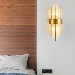 luces de la noche del pasillo moderno Rebajas moderna lámpara de pared de cristal clara luz de la pared de oro aplique para la decoración del hogar pasillo dormitorio accesorio de iluminación de LED lámpara de pared de la lámpara
