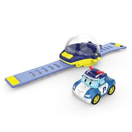 2019 brinquedos mini carros de metal Silverlit mão faixa de controle remoto robocar poli mini brinquedo carro portátil elétrico brinquedo inteligente de alta tecnologia LA88