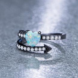 2019 diamante opale nero Delicato oro nero riempimento a forma di freccia a forma di cuore anello opale di fuoco Anello di diamanti birthstone nuziale principessa matrimonio aggancio strano anello ebreo