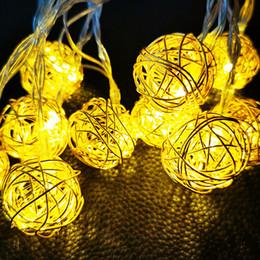 Bolas de ratán Led Luces de hadas Luces decorativas Funcionan con pilas Patio al aire libre Decoración de la boda Garland desde fabricantes