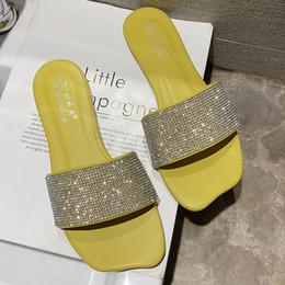 блестящие белые плоские ботинки Скидка  Bling Crystal Slippers Women Slides Flat Indoor Outdoor Slippers Beach Shoes 2019 Summer Sandals Women Yellow White Green