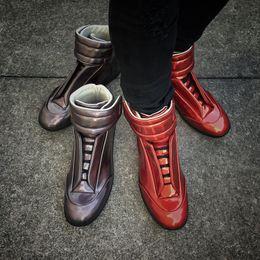 2019 nomes de designers Atacado-New Hot Sales Nome Marca Moda MMM Sexy Mens Qualidade Superior Apartamentos Flats Designer Kanye West Mens Mens Casual Shoes nomes de designers barato