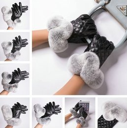 2019 guanti di pelliccia delle signore Inverno Donne Designer guanti donne Signora di lusso Warm Touchscreen guanto Rex Rabbit Fur di pecora Genuine Leather Glove Moda guanti guanti di pelliccia delle signore economici