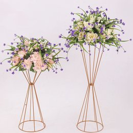 Vasi d'oro online-Vases Gold Flower Stand 70CM  50CM Metal Road Lead Wedding Centerpiece Flowers Rack For Event Party Decoration 10PCS lot RRA1551