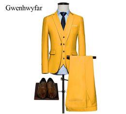 Желтые смокинги онлайн-2018 Custom Made Yellow Suits For Men Slim Fit Groomsmen Wedding Tuxedos Best Men Suits Blazer With Pants (Jacket+Pants+Vest)