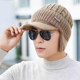 Lenços artesanais on-line-Quente Hot Unisex Homens Winter Hat Craft Knit Visor Beanie com forro de lã Ear Flap Cap cricle Lenços Rings Set