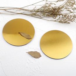 Canada Tapis de chaleur isolé en métal de couleur argentée de tasse de café de place carrée ronde d'acier inoxydable avec la décoration de Tableau de support d'EVA cheap steel round table Offre