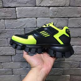 Sapatos New desportivos, sapatos de lazer moda dos homens, de sola grossa Laces, Colorido euro-americana respirável papai Shoes de Fornecedores de remendos bordados de qualidade